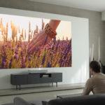 """LG presenta al CES di Las Vegas il nuovo videoproiettore Laser 4K Ultra HD con tecnologia """"a tiro corto"""""""