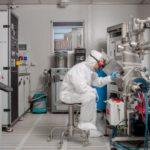 Liquidi ionici hanno proprietà uniche come elettrodi per il controllo di nanodispositivi