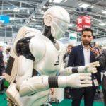 1.000 lavoratori del Regno Unito intervistati su robot e sul posto di lavoro del futuro