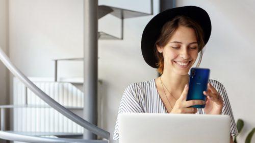 """Wiko e Nielsen raccontano i """"diktat"""" che guidano le donne nella scelta del proprio smartphone"""
