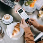 """SumUp rivela le abitudini dello shopping """"cashless"""""""