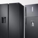 Durante la settimana della moda anche i frigoriferi di Samsung si vestono di nero