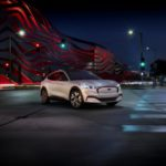 Ford Mustang espande la famiglia con la Mustang Mach-E completamente elettrica