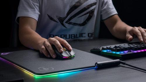 ASUS ROG presenta il nuovo mouse gaming Chakram