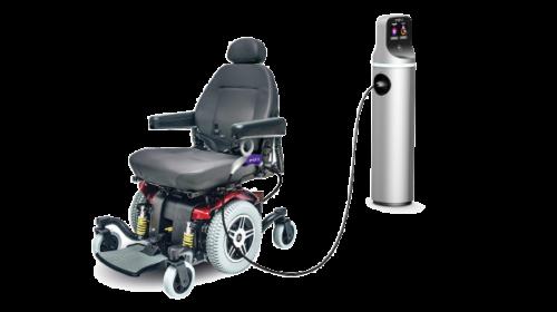 Enel X presenta al CES 2020 il primo dispositivo per ricaricare le sedie a ruote elettriche usando l'infrastruttura di ricarica delle auto
