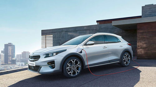 KIA: il sistema Plug-In Hybrid debutta su XCeed e CEED Sportswagon
