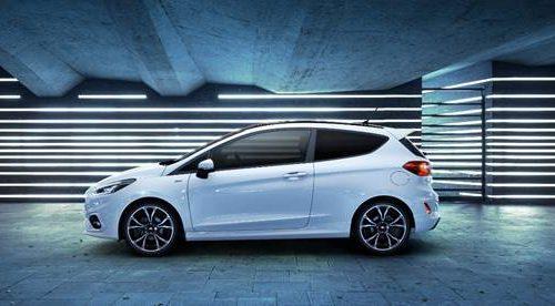 Una nuova Ford Fiesta elettrificata e tecnologica