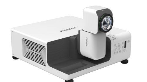 Fujifilm sviluppa il videoproiettore FP-Z800