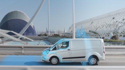 Ford introduce sulla gamma Custom Plug-In Hybrid la funzione Geofencing