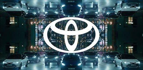 Toyota Motor Europe presenta il nuovo logo ed un nuovo design