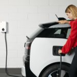 """ABB e Green.TV lanciano la campagna di impegno globale """"io guido elettrico"""""""