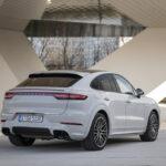 Una maggiore autonomia elettrica per i modelli Porsche Cayenne E-Hybrid