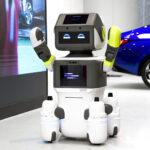 DAL-e: robot umanoide per il servizio clienti in uno showroom Huyndai