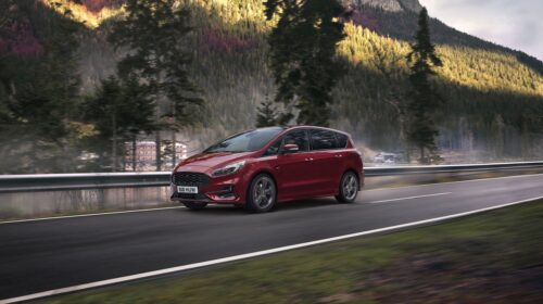 Disponibile la nuova Ford S-MAX Hybrid