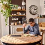 Gli italiani investono sul caffè a casa e sposano il trend dell'home bar