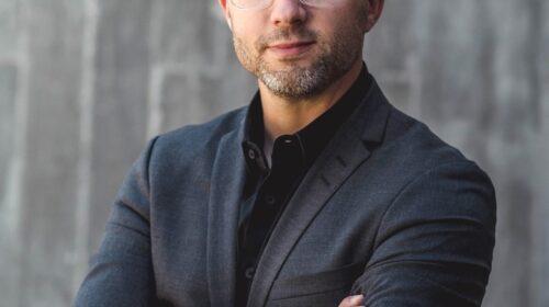 Volvo Cars nomina T. Jon Mayer a capo del design esterno